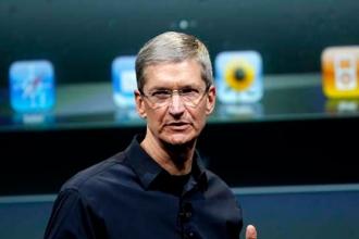 CEO của Apple xin lời khuyên từ ai?