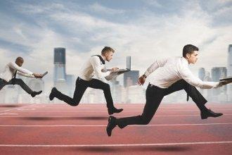 Lợi và hại khi duy trì tính cạnh tranh tại nơi làm việc
